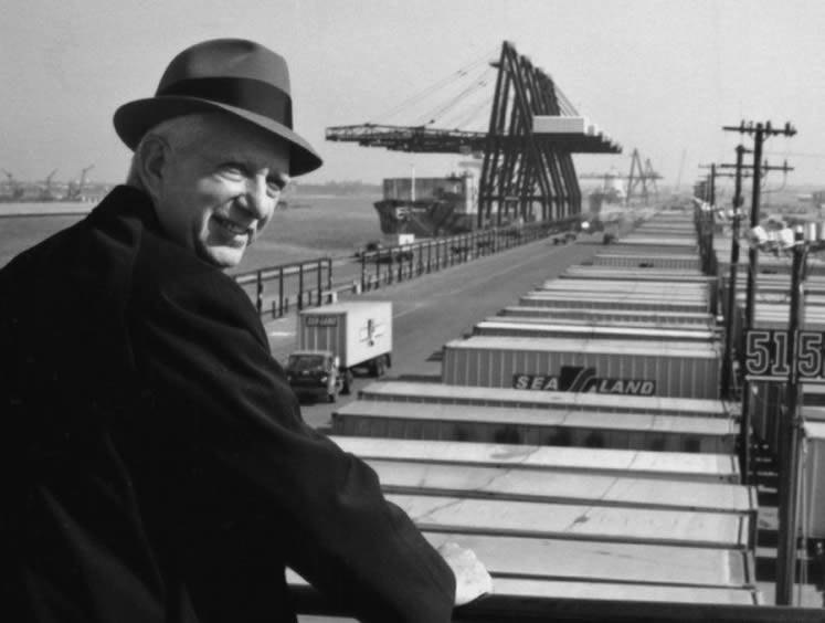 The history of the shipping container Malcom-McLean